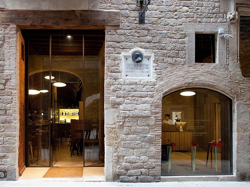 Hotel de lujo en barcelona hoteles 5 estrellas barcelona for Hoteles en el born de barcelona