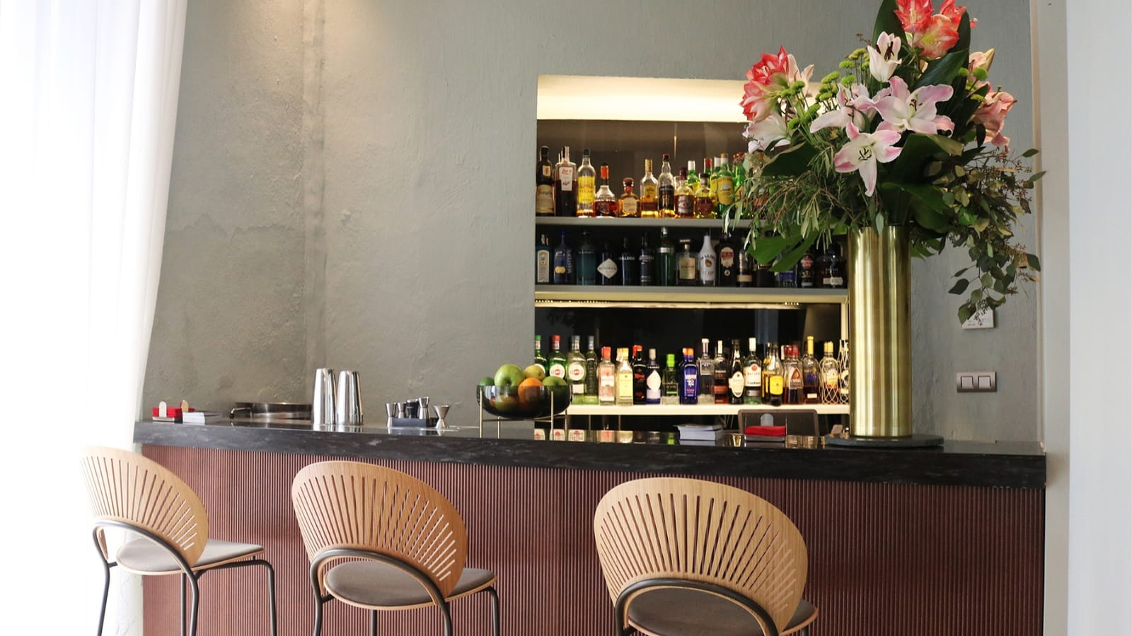 Restaurants barcelona 5 star hotels luxury hotels for Bistro hotel
